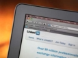 LinkedIn's New App Introduces Video & Voice Calls To iPad With Hookflash